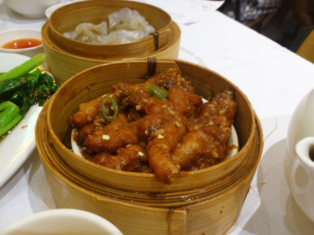 Braised chicken feet (small $4.40)
